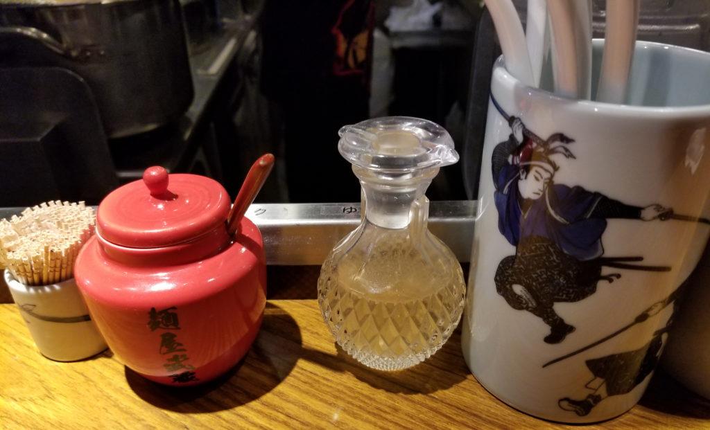 ramen麺屋武蔵虎洞卓上