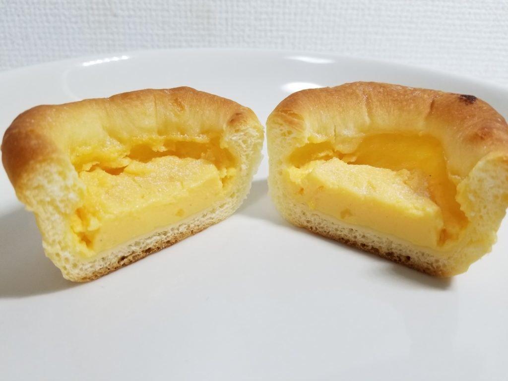 クリームパン断面図