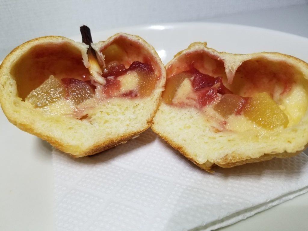 BONりんごパン断面